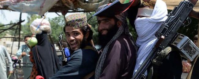 گزارشها: طالبان در بسیاری از مناطق افغانستان موفقانه دولت موازی ساختهاند