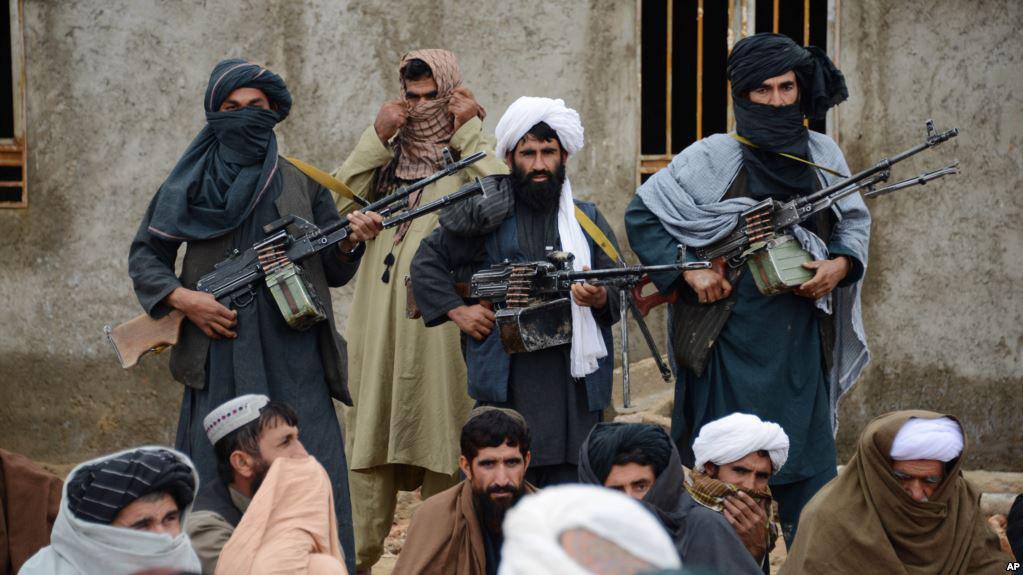 طالبان میگوید که دولت افغانستان را به رسمیت نمیشناسد، اما حاضر است به طور مستقیم با دولت آمریکا مذاکره کند