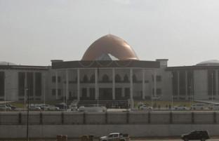 اولین نشست مجلس پس از تعطیلات تابستانی؛ چرا حکومت افغانستان نمی تواند ناامنی ها را مهار کند؟