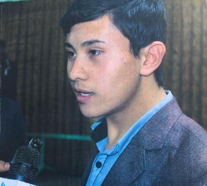 رجب رحیمی، برادر 15 ساله عطاالله و فرزانه میگوید که عطاالله همیشه در رویاها و خیالاتش به اینکه روزی برای ماستری به آمریکا خواهد رفت، فکر میکرد و برای رسیدن به این هدف سخت تلاش داشت
