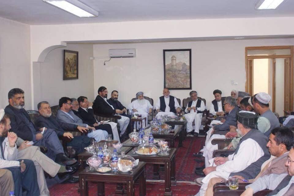 ahzab representatives met karzai