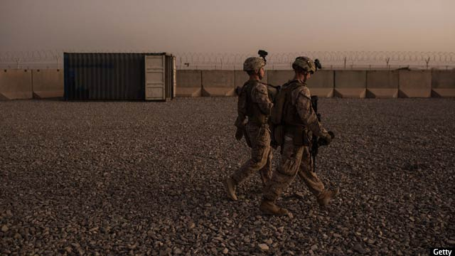 american-marines-at-camp-shorab-in-helmand
