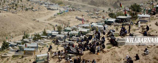 روایت تصویری از یک فاجعه؛ همراهی دانش آموزان شهید از مصلای  شهید مزاری تا قبرستان عمومی