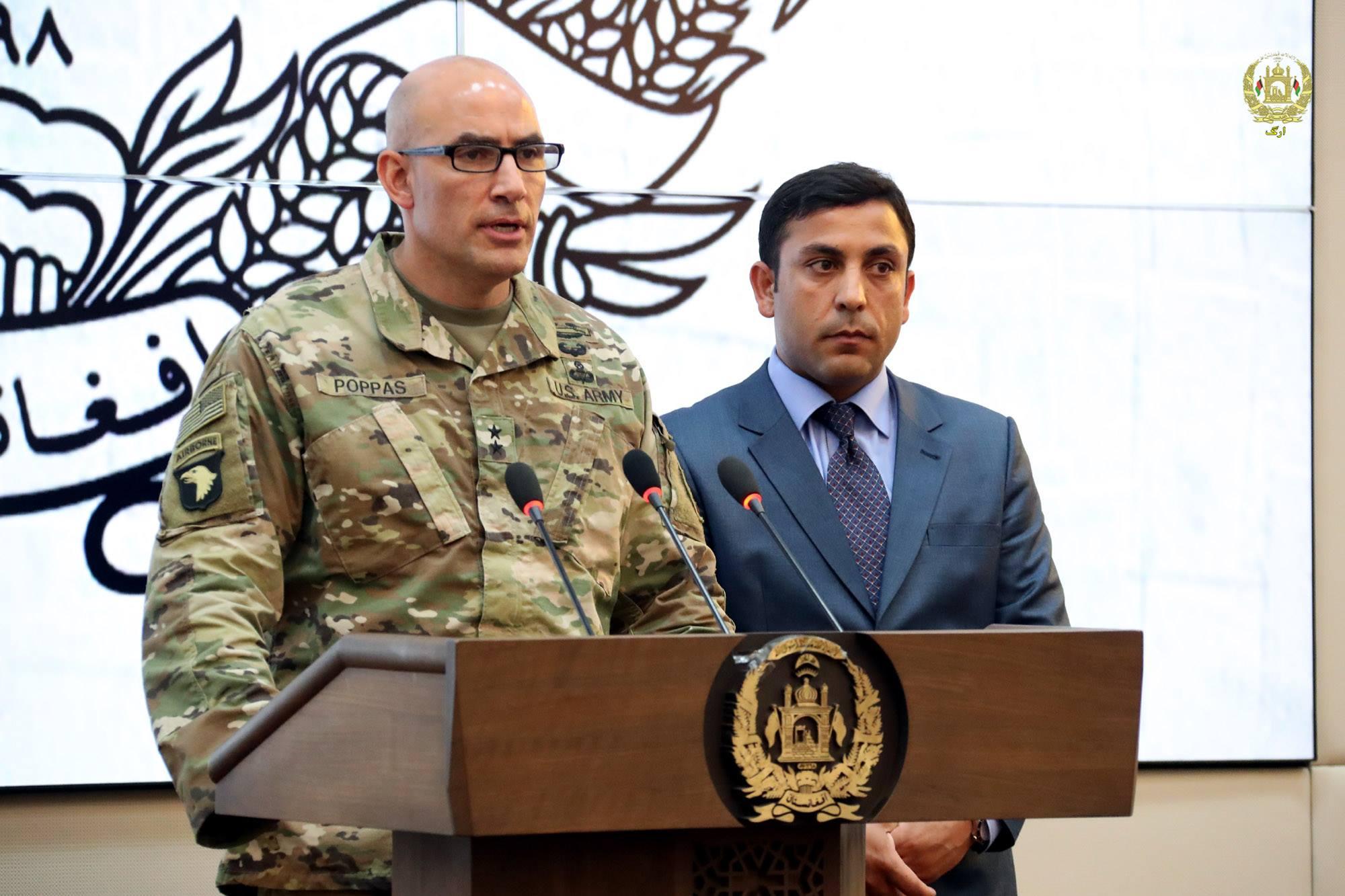 جنرال اندریو پوپاس، یک مقام ارشد نظامی مأموریت حمایت قاطع ناتو