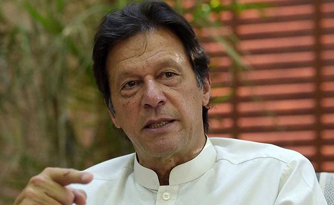 """رسانههای پاکستان گزارش دادند که عمران خان، نخست وزیر پاکستان برای تامین صلح در افغانستان بر """"ایجاد حکومت موقت"""" تاکید کرده است"""
