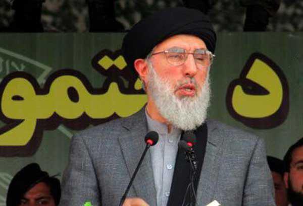 گلبدین حکمتیار، رهبر حزب اسلامی افغانستان گفته است، تا زمانی که دو عامل اصلی جنگ در این کشور ـ حضور نیروهای خارجی و حکومت دستنشانده ـ از میان نرود، صلح پایدار تأمین نخواهد شد