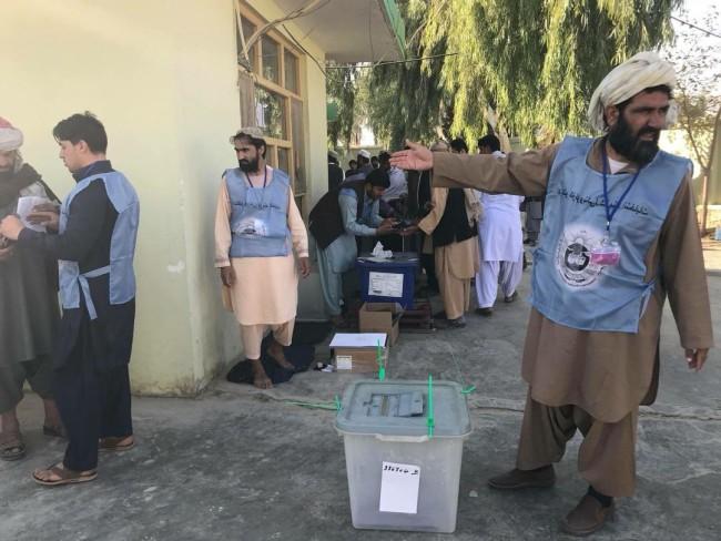 پس از سه سال تأخیر، سومین دور انتخابات پارلمانی افغانستان در دوره بعد از طالبان، در شنبه ۲۸میزان در سراسر افغانستان انجام شد