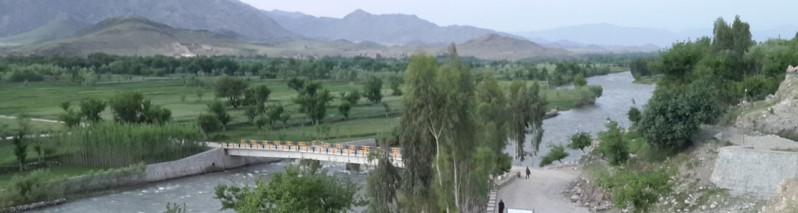 انتخابات در ولایت لغمان؛ آمار متفاوت رأیدهندگان و مراکز رأیدهی و وضعیت نامناسب امنیتی