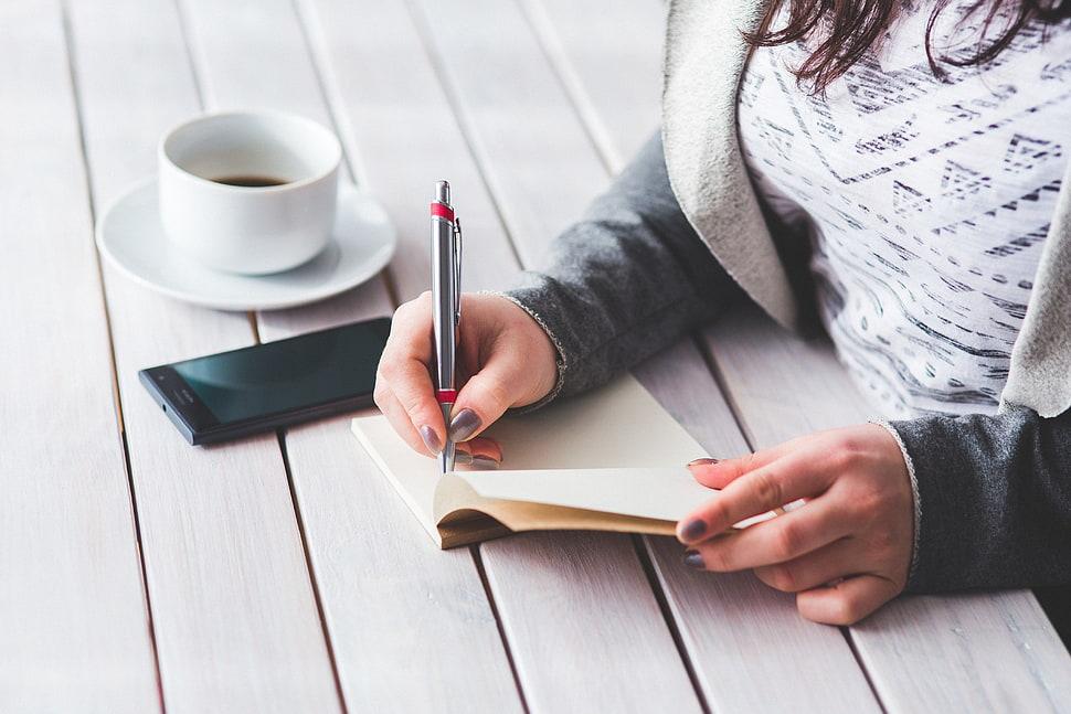 هر کاری را که با موفقیت انجام میدهید، یادداشت کنید
