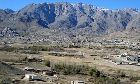 در جاغوری هیچ شبکه مخابراتی کار نمیکند و تنها شبکه مخابراتی سلام نیز 4 روز قبل به دست طالبان از بین رفت