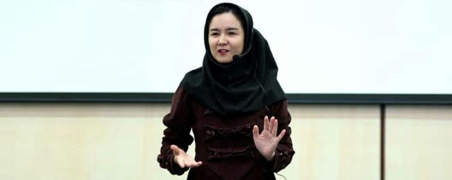 زنان الهام بخش افغانستان؛ بتول ناصری دختری که تصویر انسان افغان را در ایران تغییر داده است
