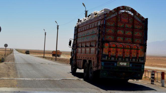 مقامات ارتش در شمال افغانستان تأکید دارند که با تکمیل عملیات ولید 34 که تاکنون 70 درصد پیش رفته، امنیت راه ترانزیتی جوزجان ـ بلخ تأمین خواهد شد