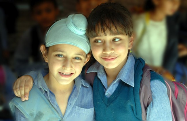 اکنون فرزندان هندو و سیک افغانستان در دو ولایت کابل و ننگرهار میتوانند بدون هیچ مانعی به تحصیل خود ادامه دهند