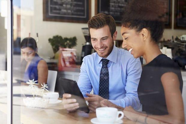 یافتن مربی یکی از مهمترین مواردی است که کارآفرینان جوان میتوانند انجام دهند