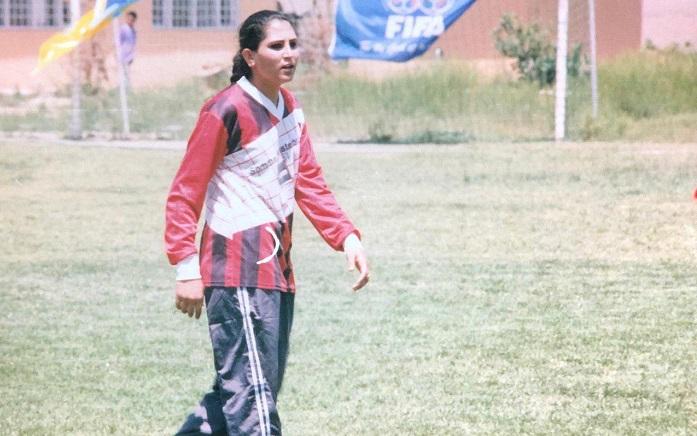 فوتبال در جریان کودکی و نوجوانی شمیلا که در دو دهه گذشته اتفاق افتاده اقبال زیادی در این سرزمین نداشته است