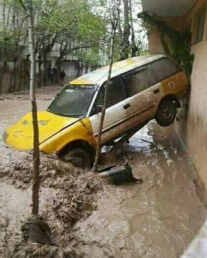 سیلابهای سرازیر شده باعث مسدود شدن راهها شده و چندین مریض در روستاهای این ولایت به همین دلیل تا کنون به شفاخانهها انتقال نیافتهاند