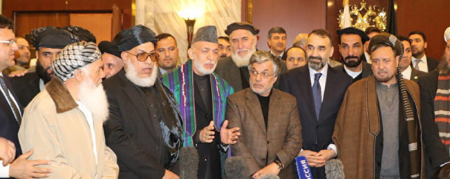 آخرین تحولات صلح؛ از سریال تحریم های جرگه مشورتی صلح تا واکنشها به فهرست ۲۵۰ نفری هیئت حکومت افغانستان