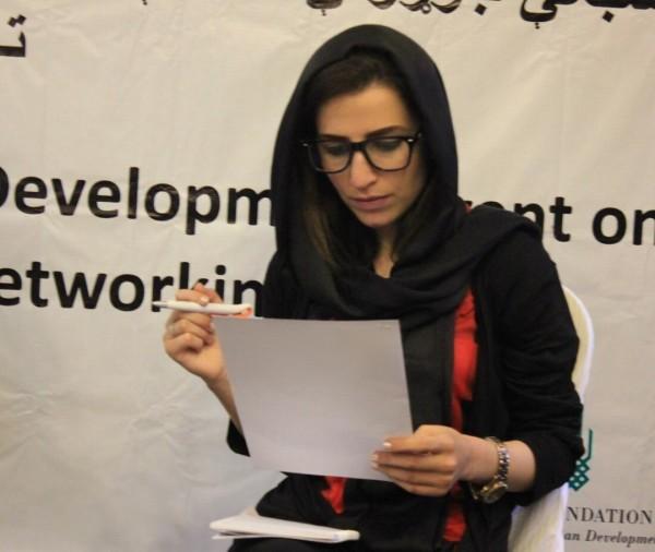 خانم عظیمی می خواهد برنامه دادخواهی و آگاهی دهی برای زنان را در سراسر ولایت بدخشان اجرا کند