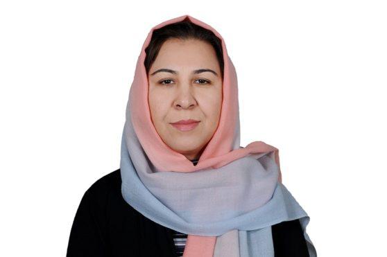 شینکی کروخیل نماینده مردم کابل در پارلمان یکی از بیماران سرطان سینه بوده که اکنون بر این بیماری غالب شده است