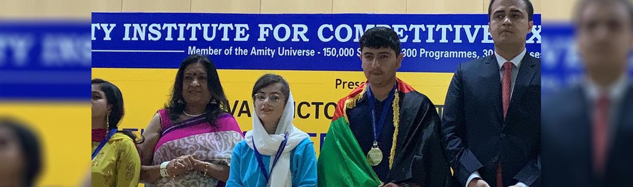 بازگشت با دست پر؛ مصطفی عمر صدیق دانش آموز قندهاری برنده مدال طلای المپیاد ساینسی از هند
