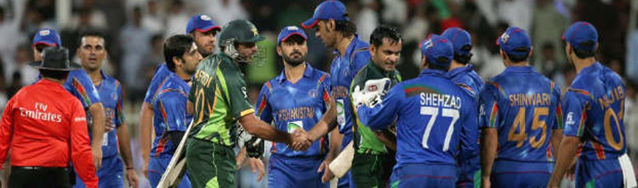 ۱۰ واکنش از مجموعه استاتوس های فیسبوکی کاربران افغان در باره شکست تیم کریکت در مقابل پاکستان