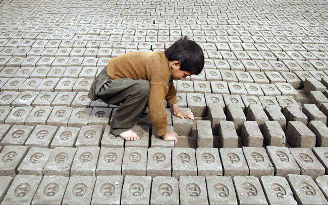 سازمان بینالمللی کار از سال 2002 برای مقابله با کار کودکان تلاش کرده و برای محو آن تمرکز داشته است