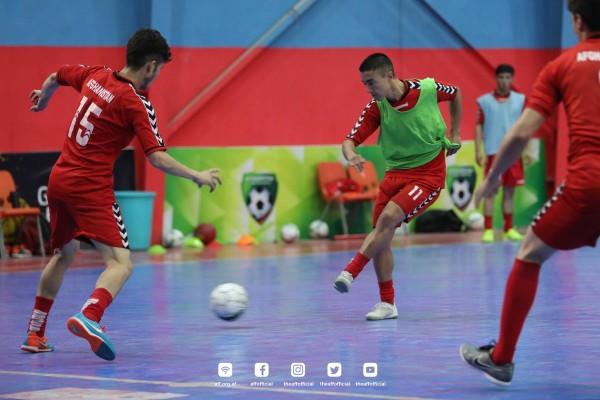تیم فوتسال افغانستان برای تمرین در مسابقات قهرمانی فوتسال آسیا در سال 2013 در صالون شهرک امید سبز و صالون کمیته ملی المپیک و در سال های 2017 و 2019 در جمنازیوم کمیته فوتسال تمرین می کردند