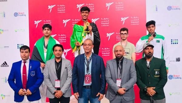 افغانستان با 9 تکواندو کار در بخش نوجوانان با کسب سه مدال طلا، سه مدال نقره و دو مدال برنز مقام نخست رقابت ها را بدست آورد