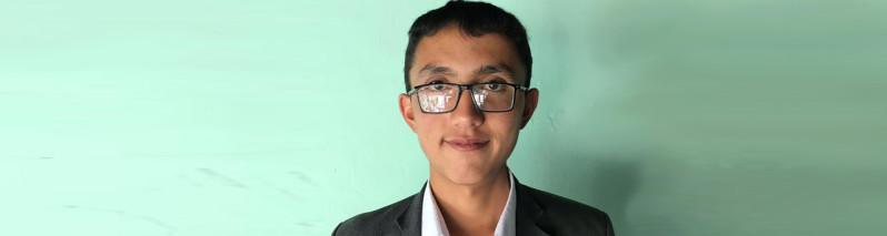 بازمانده موعود؛ احمد رضایی مجروح حمله تروریستی بر آموزشگاه غرب کابل چگونه به یکی از برترین های کانکور تبدیل شد؟