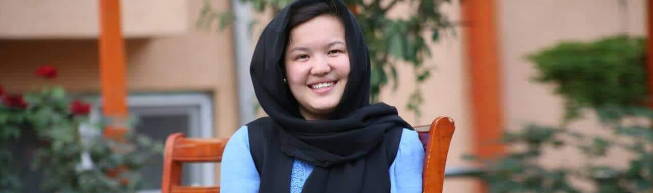 مددکاران اجتماعی؛ وژمه شکیب، استفاده از فیسبوک و ترویج فرهنگ انسان دوستی در افغانستان