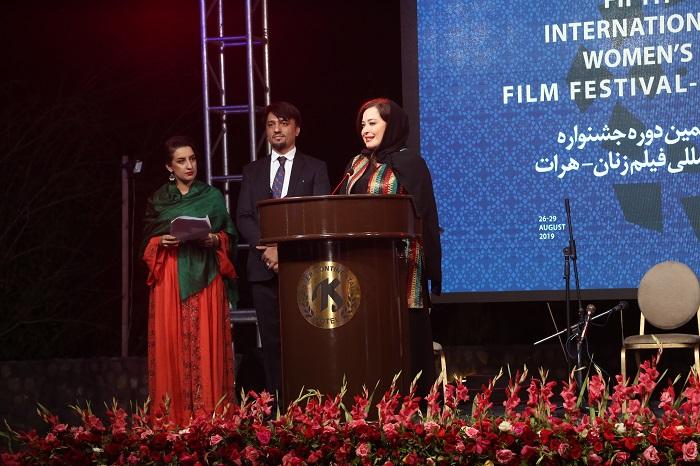 جشنواره فیلم زنان هرات به عنوان اولین جشنواره فیلم با موضوع زنان در منطقه است که در چهار دور گذشته خود، 1300 فیلم از کشورهای مختلف جهان را میزبانی کرده است