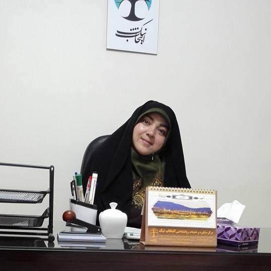 سید بتول حیدری یکی از روانشناسان در کابل