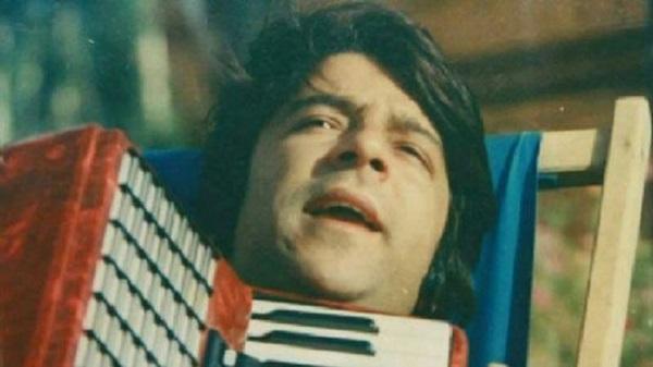"""هر جای افغانستان که بروید،"""" اگر موسیقی در حالِ پخش باشد، قطعاً یکی از ترانههای احمد ظاهر است"""