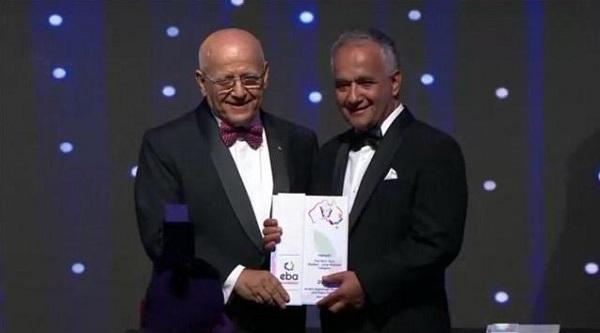 این دوره 31 جشنواره تجارت و اقوام استرالیا است که برای اولین بار یک افغان برنده این جایزه شده است.