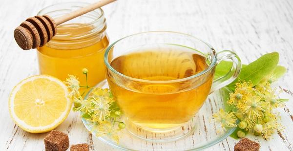 تحقیقات صورتگرفته نشان میدهند که عسل میتواند سرفه را تسکین بدهد.