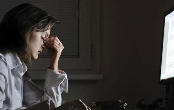 تحقیقات مستدل و رو به رشدی وجود دارند که نشان میدهند خطر رخ دادن سرطان در افرادی که شیفت شب کار میکنند، بالاتر است.