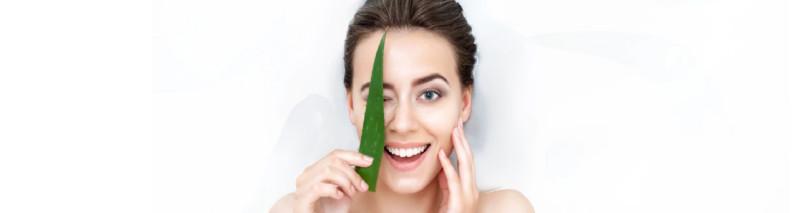 ۱۰ درمان طبیعی جوش صورت