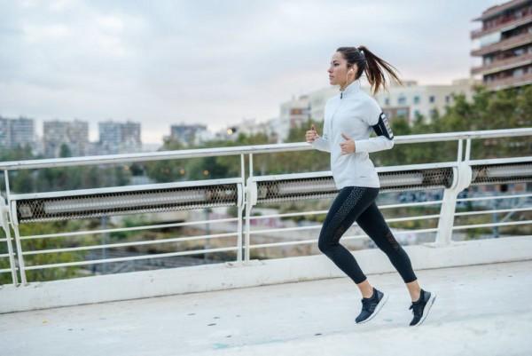 اگر در طول کاهش وزن، اصلا ورزش نکنید، هم سرعت متابولیسم بدنتان کاهش مییابد و هم تودهی عضلانی از دست میدهید