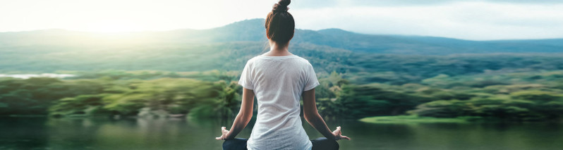 ۸ فایده یوگا که به لحاظ علمی تایید شدهاند
