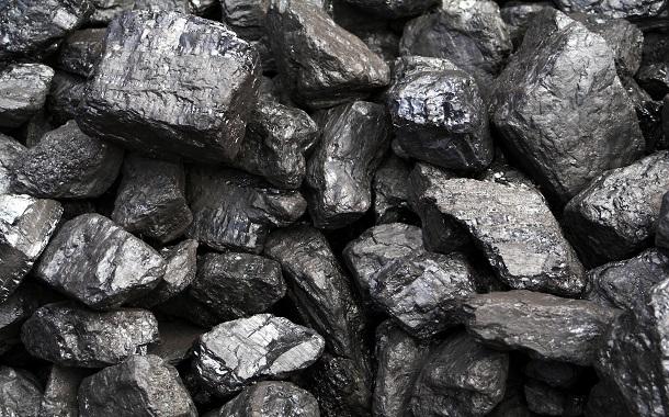 با توجه به گفتههای اداره عالی محیط زیست که هفته گذشته با خبرنامه صحبت کرده بود، قیمت بلند گاز باعث شده تا مردم دوباره در کنار نگرانی از افزایش نرخ گاز مایع، از مواد آلوده کننده محیط زیست، استفاده کنند