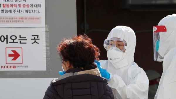 کوریای جنوبی کشوری است که در مقابله با بیماریهای ساری امکانات پزشکی و سرعت بالایی دارد و آن را در صدر کشورهای جهان قرار میدهد. تاکنون هیچ کشور دیگری در جهان به انداز کوریای جنوبی در این امر موفق عمل نکرده است