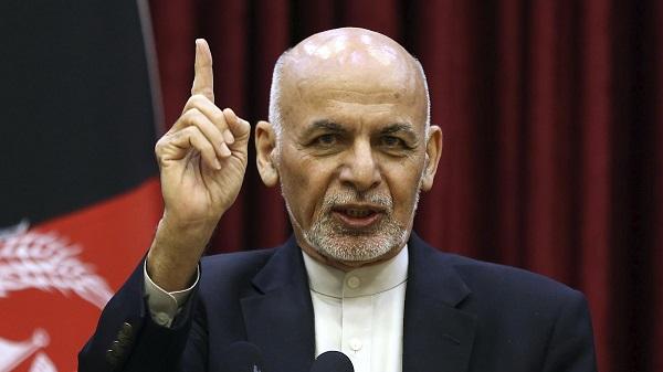 . رییسجمهور غنی در کنفرانس خبری روز یکشنبه (11 حوت) گفت که «هیچ نوع تعهدی برای رهایی 5000 زندانی وجود ندارد.»