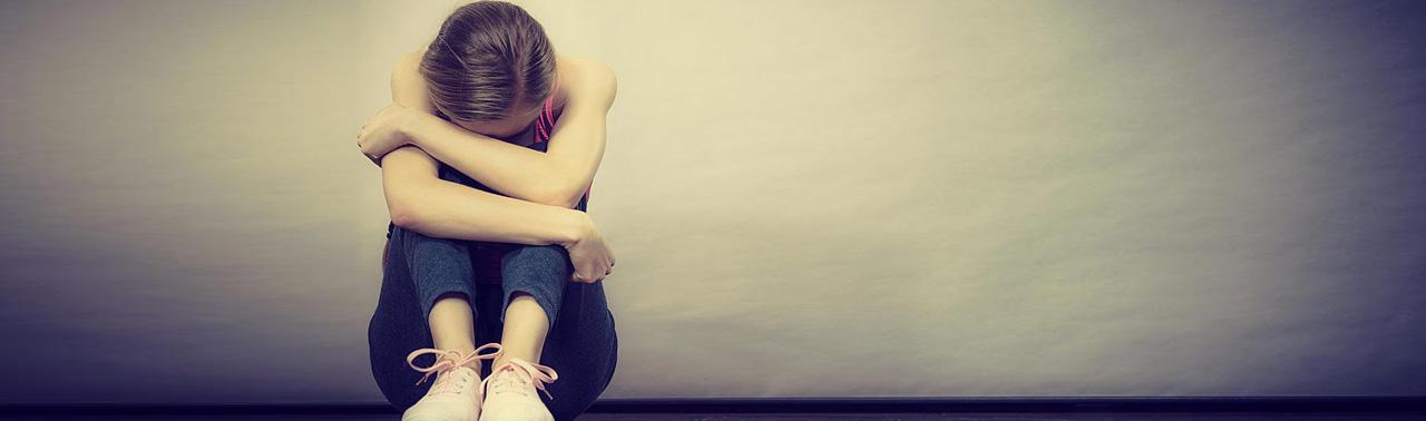 افسردگی فقط در مغز لانه نمی کند؛ ۷ نشانه فیزیکی این بیماری چیست؟
