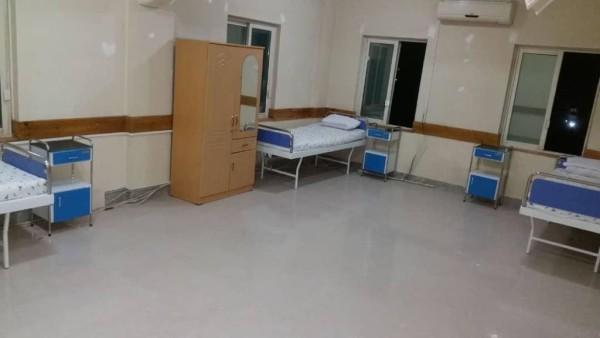شفاخانه ۳۰۰ بستر تجرید و تداوی کویید ۱۹ (غوریانی) در ناحیه 5 شاروالی هرات به سمت شمال شهر، بلوار شهید میرویس صادق/سرک شصت و چهارمتره موقعیت دارد. این شفاخانه در مساحت حدود 18 و نیم جریب زمین با امنیت بالا ساخته شده است
