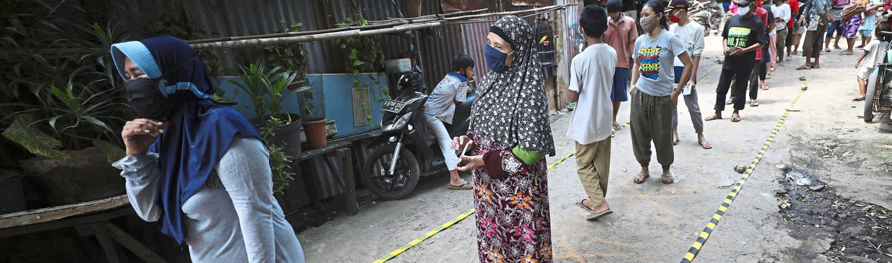 زن اندونزیایی بعد از چند روز گرسنگی حاصل از پاندمی کرونا، جان باخت