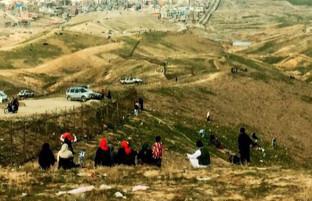 گردهمایی های بزرگ شهروندان کابلی؛ چرا تا کنون مقررات منع رفت و آمد در پایتخت اجرا نمی گردد؟