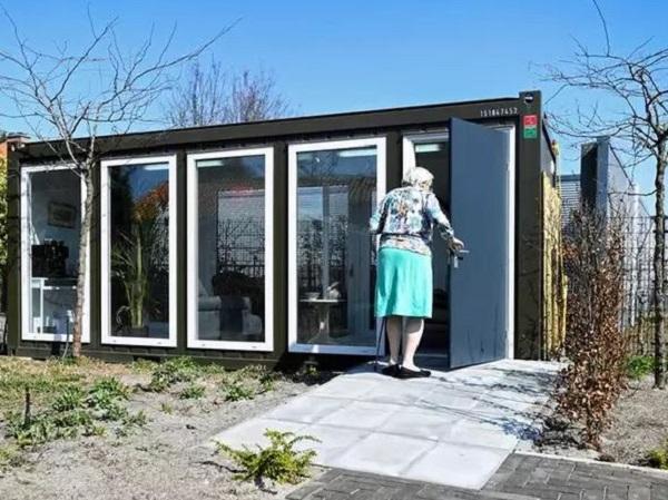 خانهای شیشهای در هلند که مخصوص سالمندان دچار فراموشی ساخته شدهاست