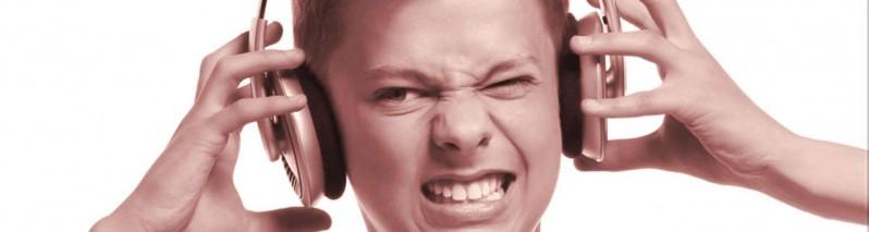 چرا شنیدن صدای خودمان را دوست نداریم؟