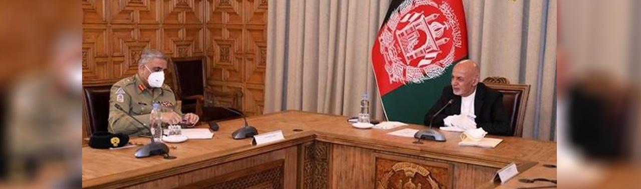 سفر رییس ستاد ارتش پاکستان به کابل؛ گفتگوهای صلح محور دیدار های او با غنی و عبدالله