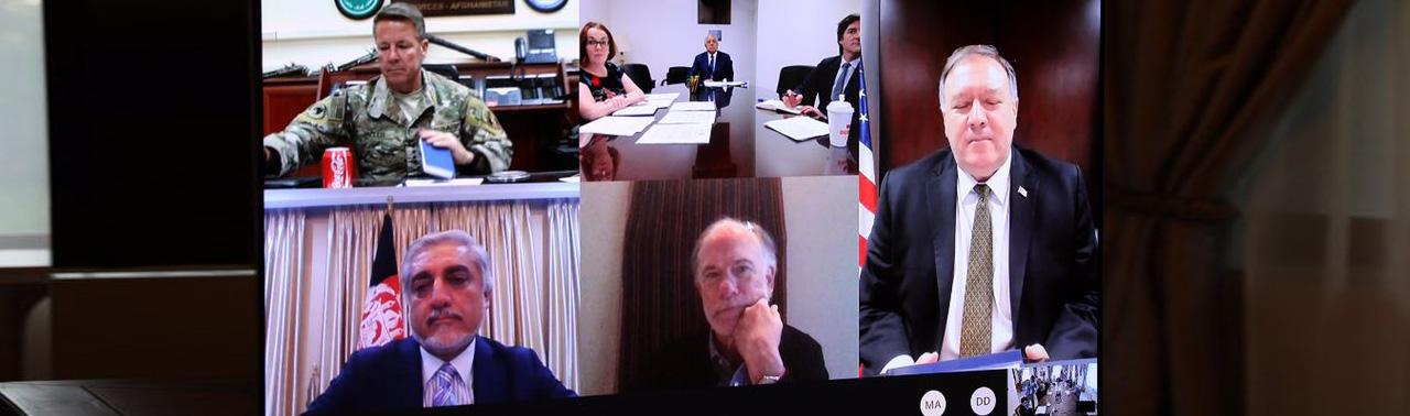 لحظات امیدوار کننده صلح؛ نکات اصلی در گفتگوی وزیر خارجه امریکا با غنی و عبدالله چه بوده است؟